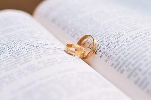 Choisir sa bague de fiançailles en 4 étapes