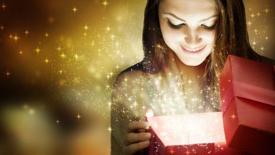 Surprenez-là avec un cadeau original pour femme